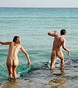 Naturisme en famille - Vacances naturiste en famille