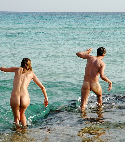 Nudists at Formentera beach 0240