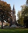 foto van De toren van de R.K.Kerk vanwege een klokkenstoel met klok van J. van Venlo