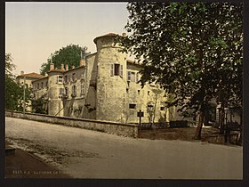 Old castle, Bayonne, Pyrenees, France-LCCN2001698608.jpg