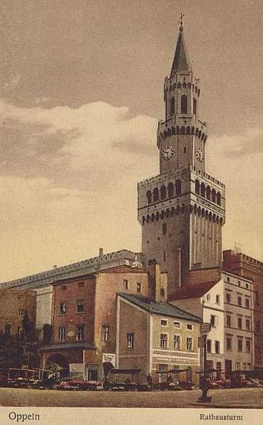 File:Opole town hall's tower before colapsing in 1934..jpg