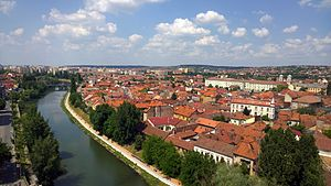 Nord-Vest (development region) - Oradea is another important economic and cultural centre of the region