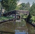 Overzicht gracht met bruggetjes - Giethoorn - 20351656 - RCE.jpg