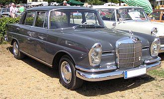 Mercedes-Benz W111 - Mercedes-Benz 220b