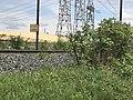 Panneau indiquant La Boisse à 1000 m sur la ligne Lyon-Genève.JPG