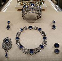 Parure della regina maria amelia, parigi, 1800-15 poi 1850-75 ca.jpg