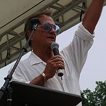 Pat Boone, performing in May 2007
