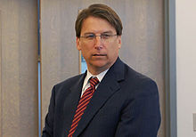 Pat McCrory in 2008.jpg