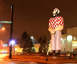 A Paul Bunyan statue in Portland, Oregon