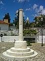 Pelourinho de Alpedriz - Portugal (14529615650).jpg