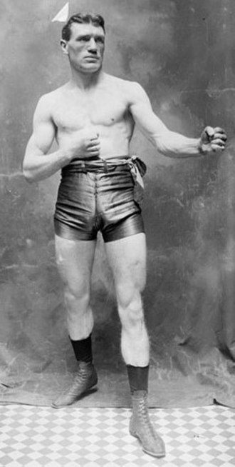 Philadelphia Jack O'Brien - O'Brien in fighting pose