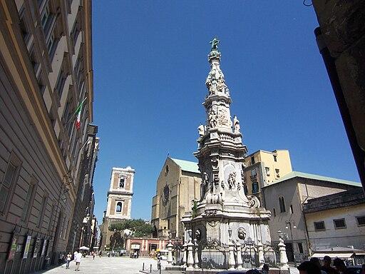 Piazza del Gesù Naples 100 6567