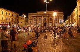 Die Piazza del Popolo im Zentrum von Pesaro