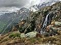 Piccola cascata Orobica.jpg