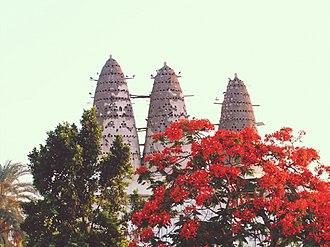 Shubra El Kheima - Image: Pigeon tower in Shubra Khit