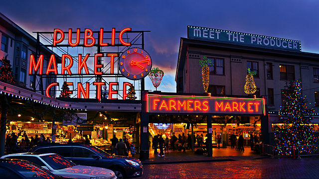 Pike Place Market By Mtaylor444 (Own work) [CC BY-SA 3.0 (https://creativecommons.org/licenses/by-sa/3.0)], via Wikimedia Commons