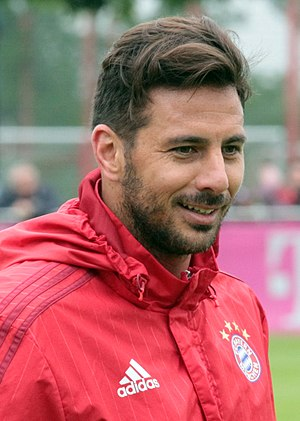 Claudio Pizarro - Pizarro with Bayern Munich in 2015