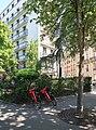 Place Tattegrain, avenue Henri-Martin, Paris 16e.jpg