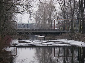 Podzoniy bridge in Saint Petersburg.jpg