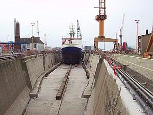 Lloyd Werft - Drydock containing Polarstern