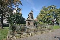 Pomník bratranců Veverkových, v parku u kostela sv. Jana Křtitele,.JPG