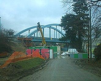 Neuville-sur-Oise - The bridge between Neuville-sur-Oise and Jouy-le-Moutier