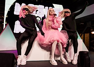 Poppy (entertainer) - Poppy performing live at YouTube Space in Los Angeles