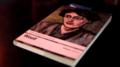 """Portada del libro Una habitación propia de Virginia Woolf en el ensayo fílmico """"Shakespeare no estuvo allí"""" de Isabel Medarde.png"""