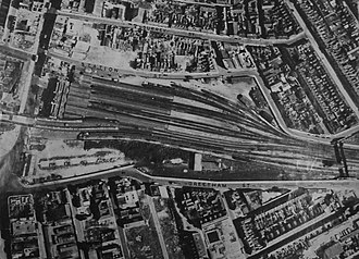Portsmouth & Southsea railway station - Aerial view of the station in 1946