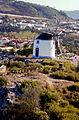 Portugalia Obidos widok z murow na stary wiatrak 02.jpg