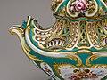 Potpourri vase (pot-pourri gondole) MET DP149950.jpg