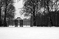 Potsdam Park bw amk.jpg
