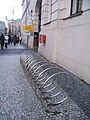 Praha, náměstí Republiky, stojan na jízdní kola.jpg