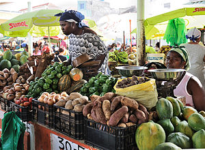 Economy of Cape Verde - A market place in Praia