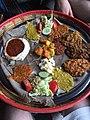 Prato de comida etíope.jpg