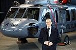 Premier Mateusz Morawiecki przekazuje śmigłowce Black Hawk dla polskiej Policji.jpg
