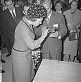 Prinses Beatrix bezocht de Nationale Beroepsmanifestatie te Utrecht, Bestanddeelnr 915-1343.jpg