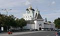 Pskov Kremlin RybnitskayaTower1.JPG