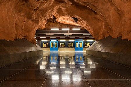 Rådhuset metro station, Stockholm