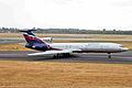 RA-85135 2 Tu-154M Aeroflot DUS 30JUL06 (6795161110).jpg