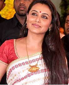 Rani Mukerji at Esha Deol's wedding at ISCKON temple 07.jpg