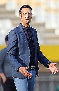 Reza Enayati coaching Siah Jamegan.jpg