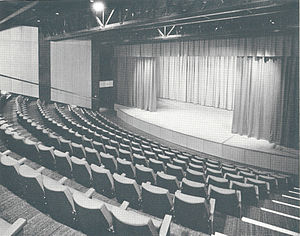New Victoria Theatre - Image: Rhoda Mc Gaw Auditorium front 1975