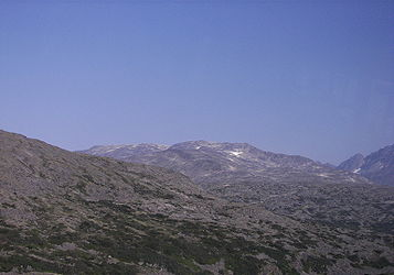 Rocky landscape from Klondike Highway near Alaska British Columbia border 3.jpg