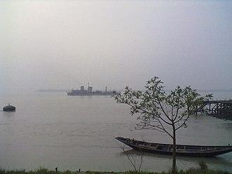 Rupnarayan River - Rupnarayan river and hooghly river conecting at Gadiara