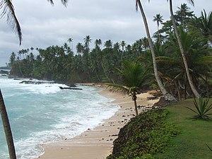 Ilhéu das Rolas - Image: São Tomé Ilhéu das Rolas Praia de Santo António (3)