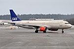 SAS, OY-KAY, Airbus A320-232 (39745204495).jpg