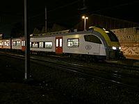SNCB AM08 Desiro en gare de Jambes 1.JPG