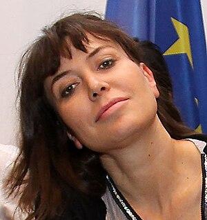Guzzanti, Sabina (1963-)