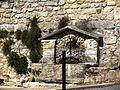 Saint-Restitut Fontaine publique.jpg